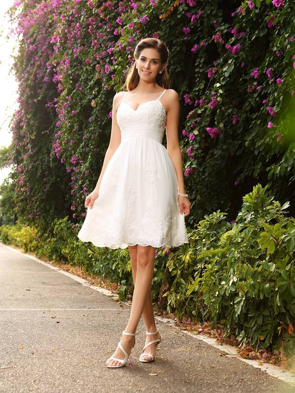 Intuitive Impact Princess Style Spaghetti Straps Applique Short Lace Wedding Dresses