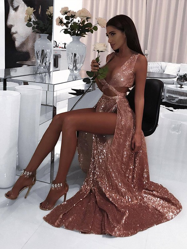 Pleased to be Me Princess Style V-neck Floor-Length Ruffles Sequins Dresses