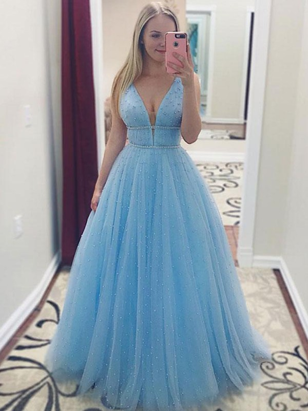 Glitz the Spot Princess Style V-neck Floor-Length Pearls Tulle Dresses