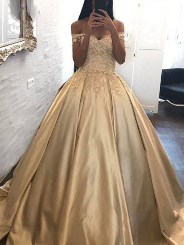 Aesthetic Honesty Ball Gown Off,the,Shoulder Sleeveless Sweep/Brush Train  Applique Satin Dresses