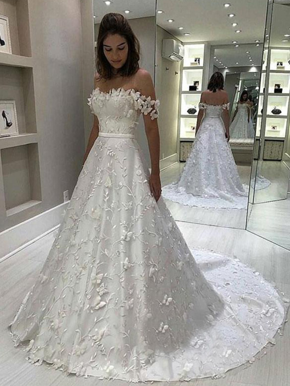 18 Most Beautiful High Low Wedding Dresses The Trend Spotter