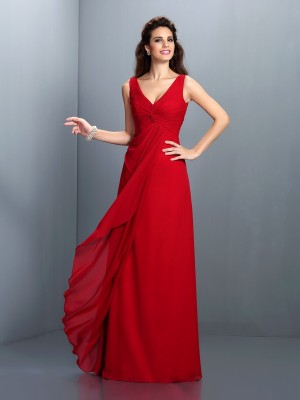 Eye-Catching Charm Princess Style Straps Pleats Long Chiffon Bridesmaid Dresses