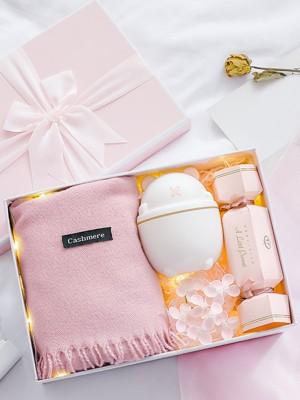 Lovely Wedding Gift Box For Bridesmaid