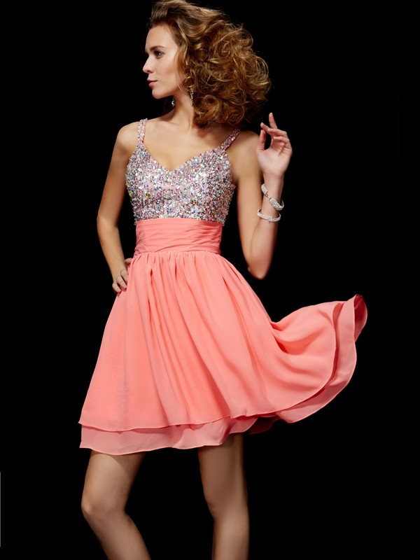 Savor the Occasion Princess Style V-neck Beading Short Chiffon Homecoming Dresses