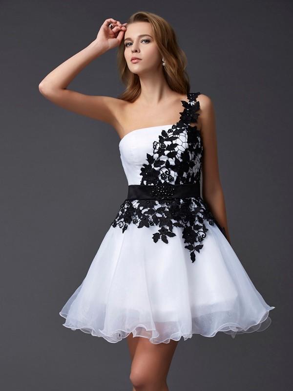 Efflorescent Dreams Princess Style One-Shoulder Lace Short Organza Homecoming Dresses