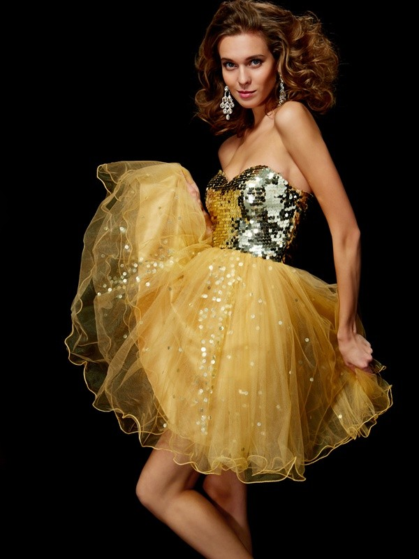 Automatic Classic Princess Style Sweetheart Paillette Short Tulle Homecoming Dresses
