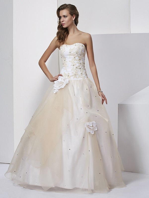 Pleased to be Me Ball Gown Sweetheart Hand-Made Flower Long Tulle Quinceanera Dresses