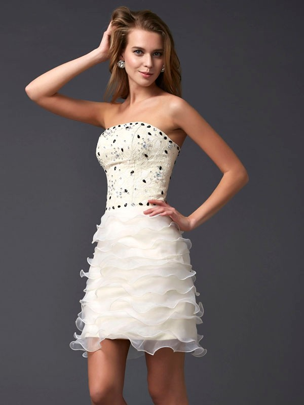 Time to Shine Sheath Style Strapless Beading Short Tulle Homecoming Dresses