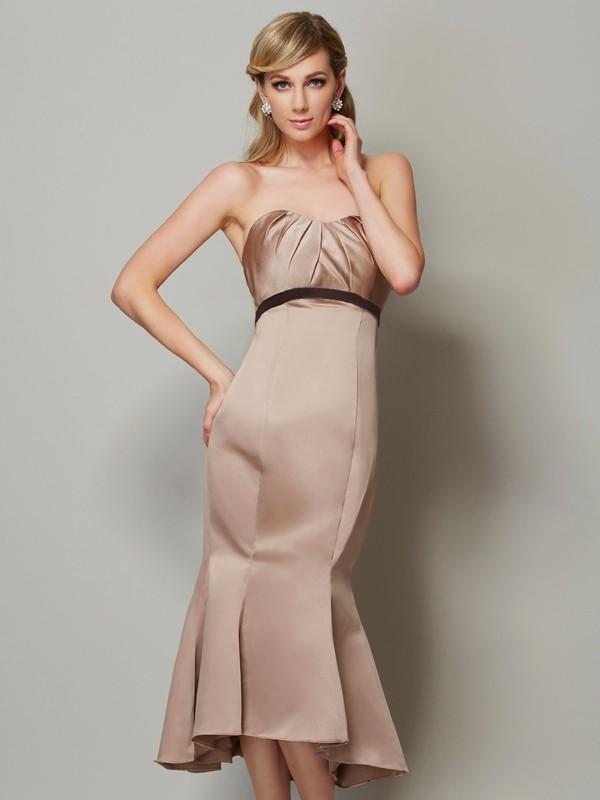 Embracing Grace Sheath Style Strapless Sash/Ribbon/Belt Short Satin Dresses