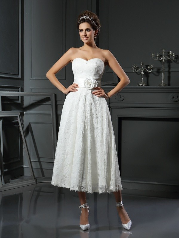 Cordially Delighted Princess Style Sweetheart Lace Short Lace Wedding Dresses
