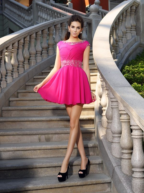 Comfortably Chic Princess Style Scoop Beading Short Chiffon Cocktail Dresses