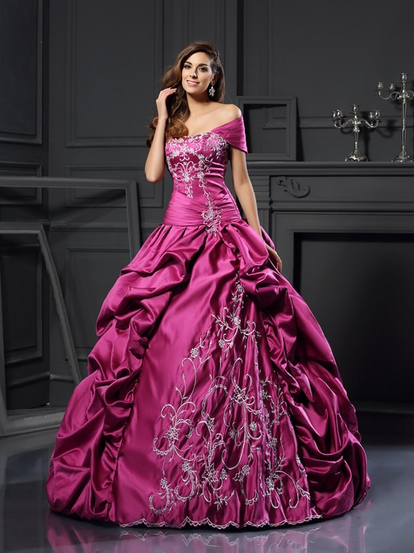 Defined Shine Ball Gown Sweetheart Applique Long Satin Quinceanera Dresses