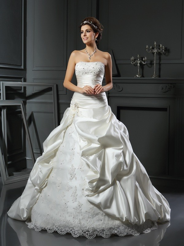 Intuitive Impact Ball Gown Sweetheart Beading Applique Long Satin Wedding Dresses