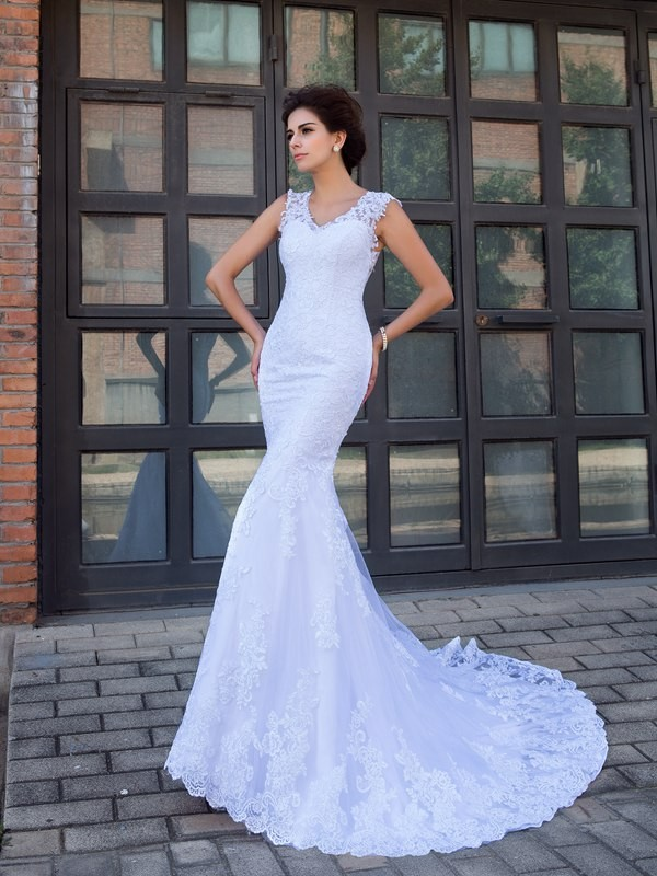 Aesthetic Honesty Mermaid Style V-neck Applique Long Satin Wedding Dresses