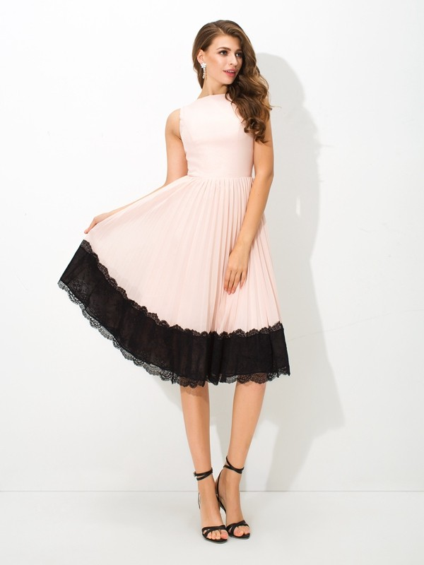 Befits Your Brilliance Princess Style High Neck Lace Short Chiffon Cocktail Dresses