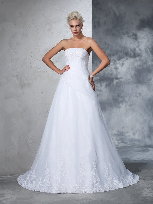 Dancing Queen Ball Gown Strapless Applique Long Net Wedding Dresses