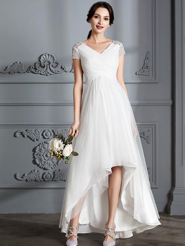 Modern Mood Princess Style V-neck Asymmetrical Tulle Wedding Dresses