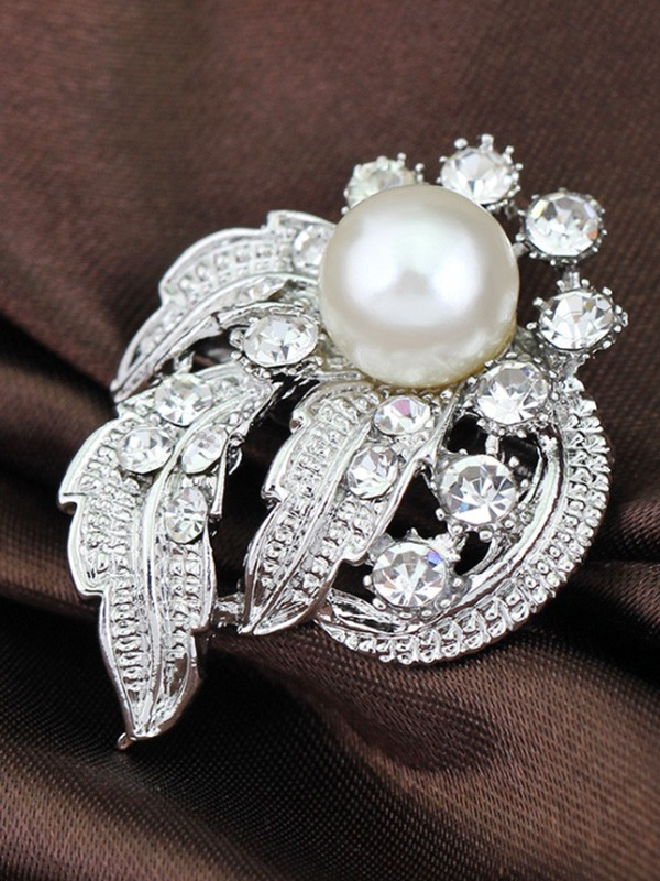 Vintage Alloy With Rhinestone/Imitation Pearl Ladies' Brooch