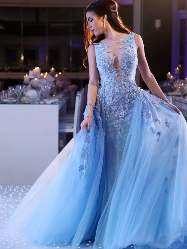 Dancing Queen Ball Gown Scoop Sweep/Brush Train Applique Tulle Dresses
