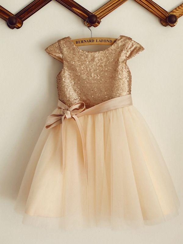 Cute A-Line Sequin Tulle Scoop Knee-Length Flower Girl Dresses