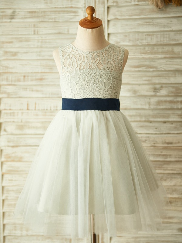 Cute A-Line Tulle Lace Scoop Knee-Length Flower Girl Dresses
