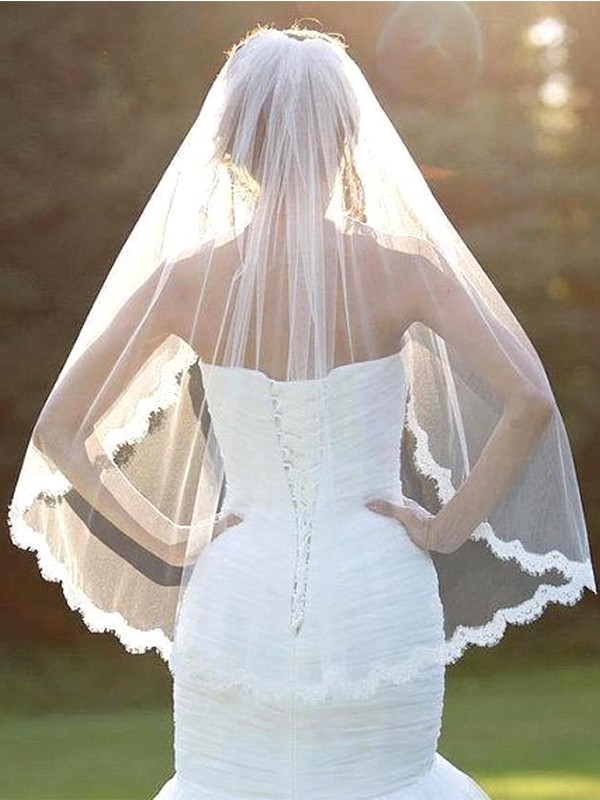 Beautiful Tulle With Lace Wedding Veils