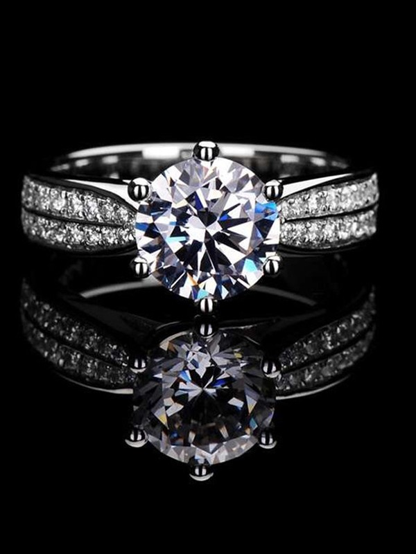 Luxurious S925 Silver With High Carbon Diamond Wedding Rings
