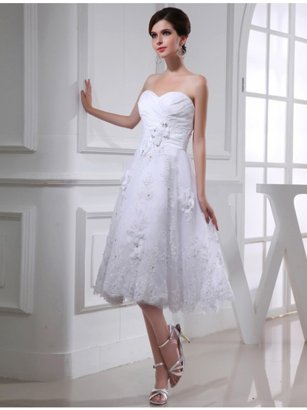 Voiced Vivacity Princess Style Beading Sweetheart Organza Applique Taffeta Wedding Dresses