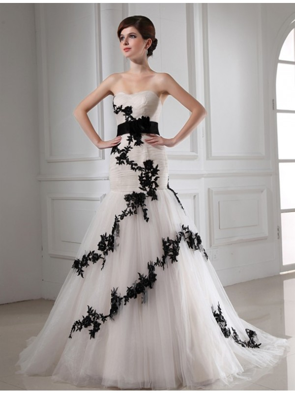 First Impressions Mermaid Style Beading Sweetheart Applique Satin Tulle Wedding Dresses