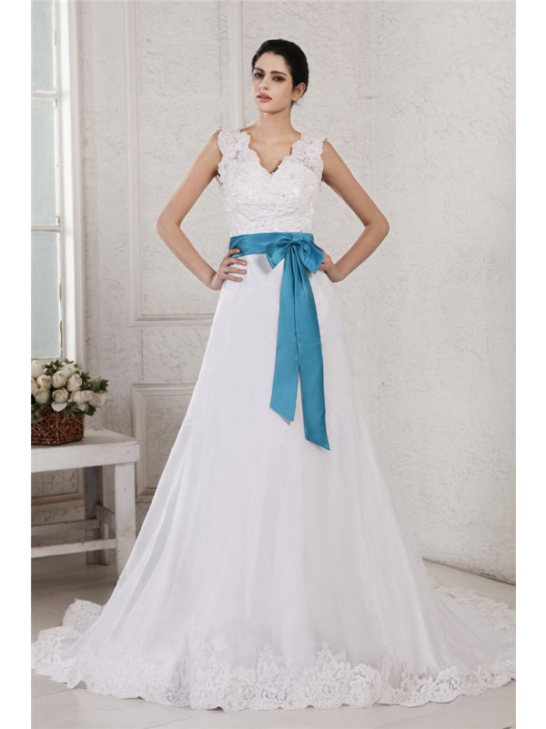 Fabulous Fit Princess Style V-neck Applique Sash Long Organza Satin Wedding Dresses