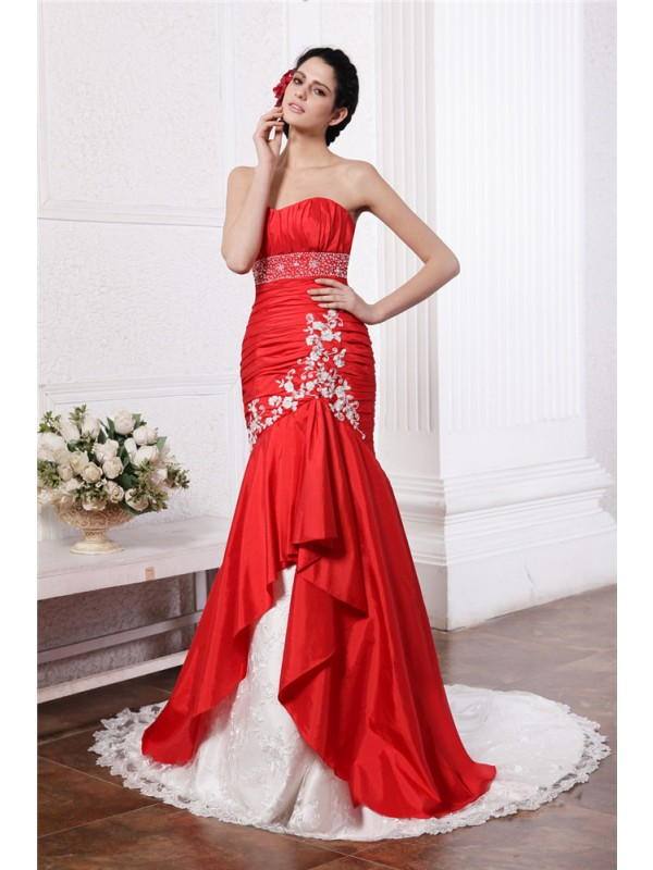Savor the Occasion Mermaid Style Strapless Beading Lace Applique Long Taffeta Wedding Dresses