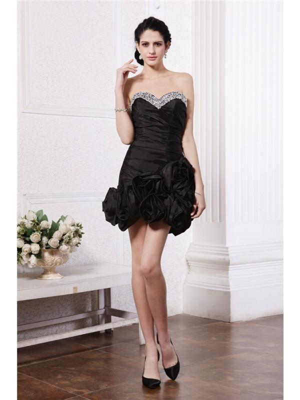 Confident Option Sheath Style Sweetheart Beading Pleats Short Taffeta Cocktail Dresses