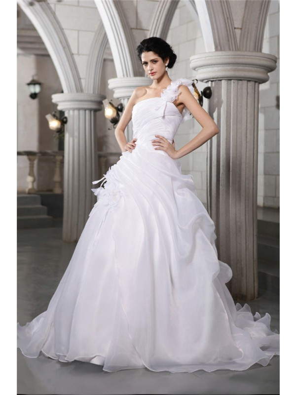 Limitless Looks Ball Gown One-Shoulder Pleats Long Organza Wedding Dresses