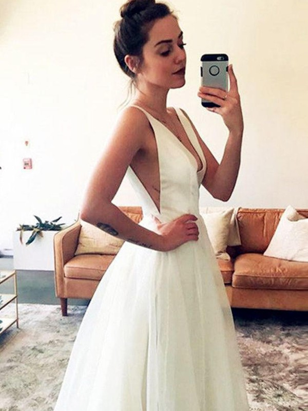 Fabulous Fit Princess Style Tulle V-neck With Ruched Sweep/Brush Train Wedding Dresses