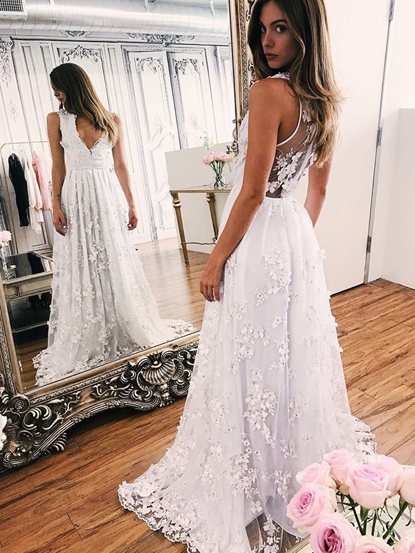 Cordially Delighted Princess Style V-neck With Applique Organza Sweep/Brush Train Wedding Dresses