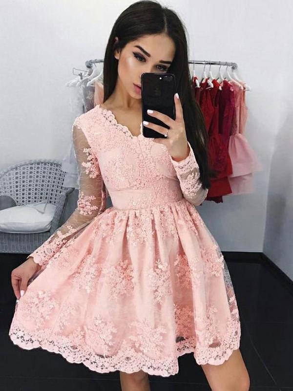 Lively Identity Princess Style Lace With Applique V-neck Short/Mini Dresses
