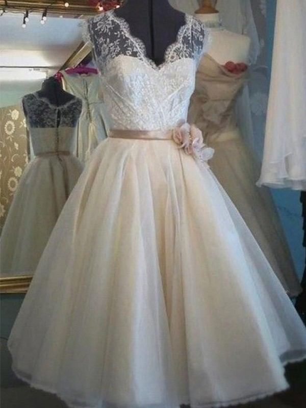 Aesthetic Honesty Princess Style V-neck Knee-Length Lace With Sash/Ribbon/Belt Tulle Wedding Dresses