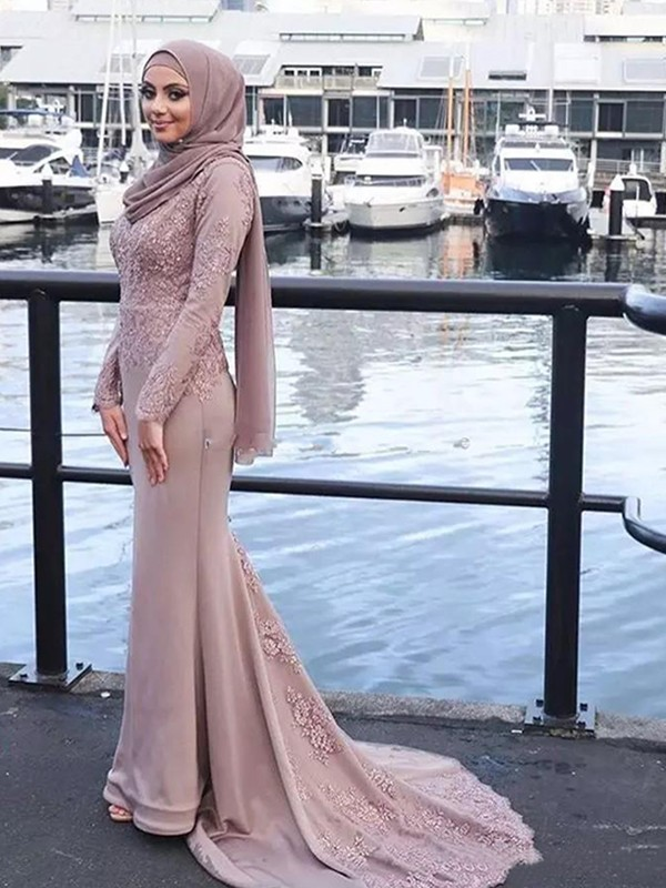 Yours Truly Mermaid Style Scoop Sweep/Brush Train Applique Silk like Satin Muslim Dresses