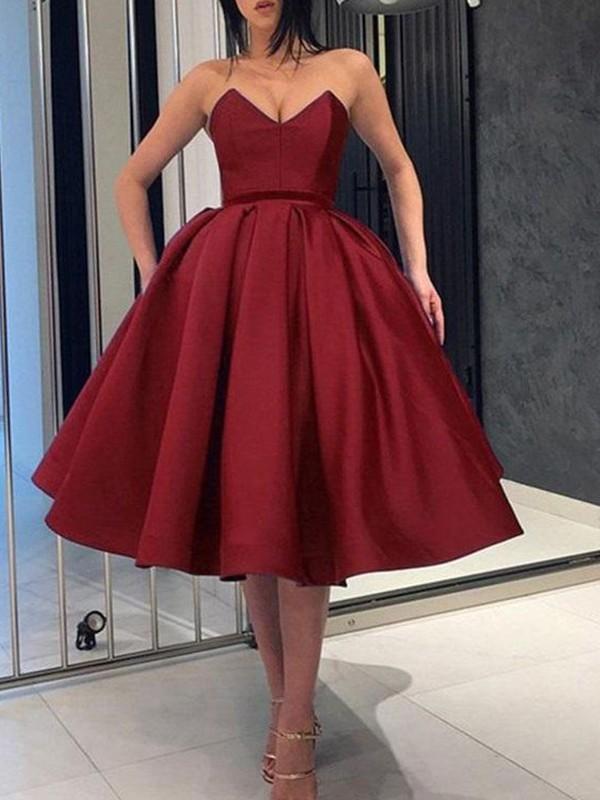 Memorable Magic Ball Gown Satin Ruffles Sweetheart Knee-Length Homecoming Dresses