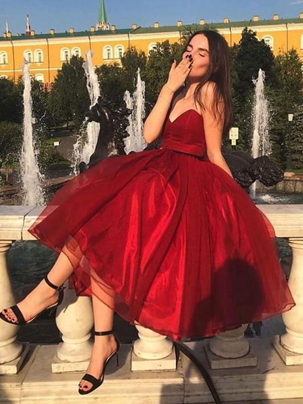 Treasured Reveries Princess Style Organza Ruffles Sweetheart Sleeveless Tea-Length Homecoming Dresses