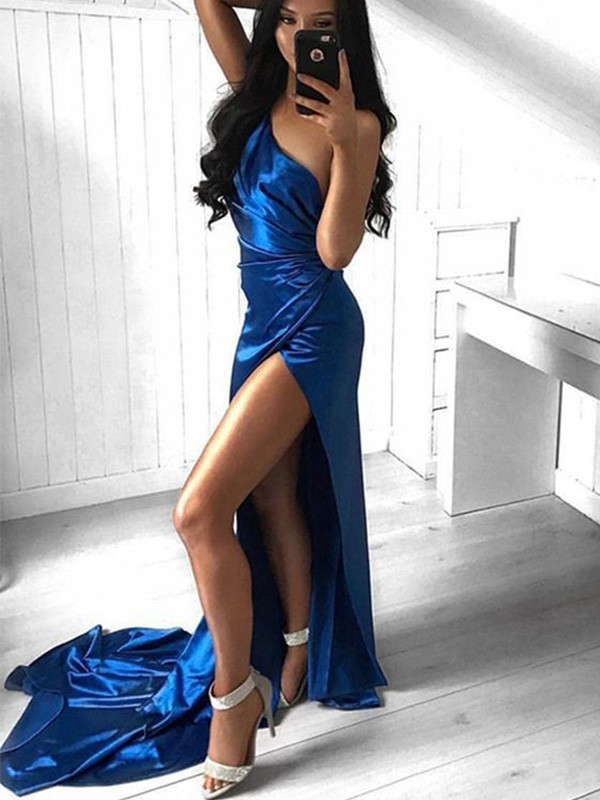 Chic Chic London Sheath Ruched One-Shoulder Court Train Elastic Woven Satin Royal Blue Prom Dresses