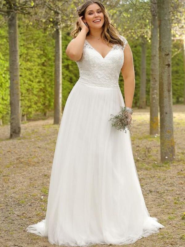 A-Line/Princess Short Sleeves Tulle Applique V-neck Sweep/Brush Train Plus Size Wedding Dresses