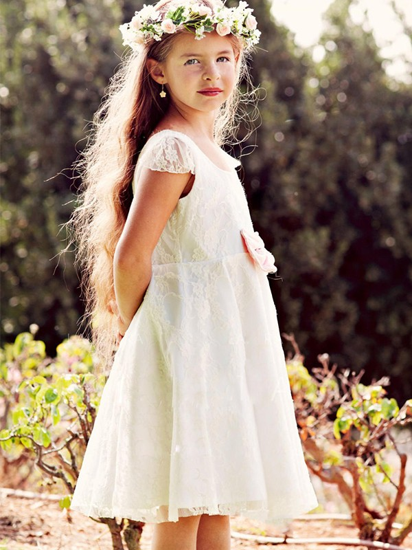 A-Line/Princess Tulle Applique Scoop Short Sleeves Knee-Length Flower Girl Dresses