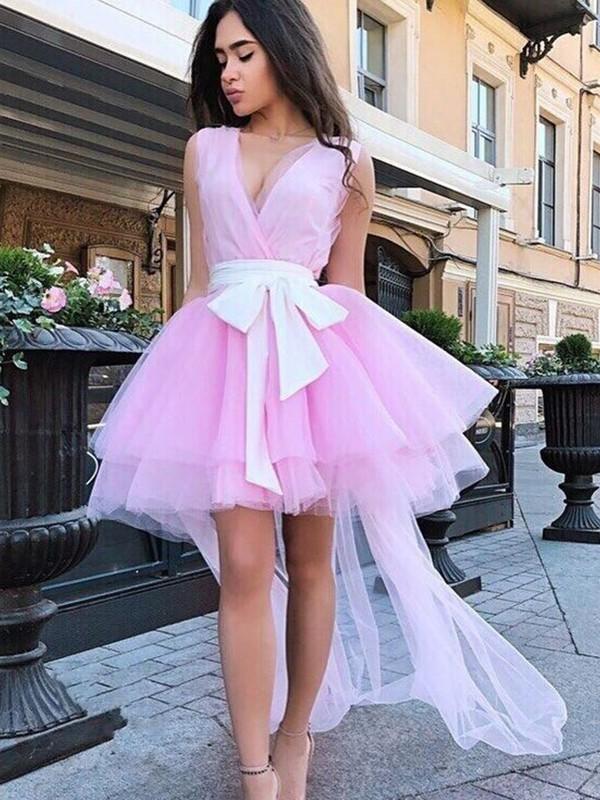 A-Line/Princess Tulle Sash/Ribbon/Belt V-neck Sleeveless Short/Mini Homecoming Dresses