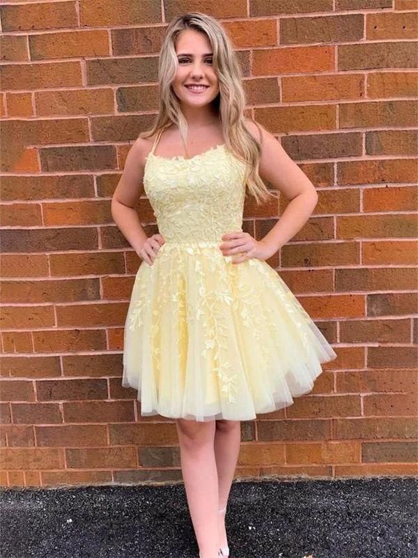 A-Line/Princess Tulle Applique Halter Sleeveless Short/Mini Dresses