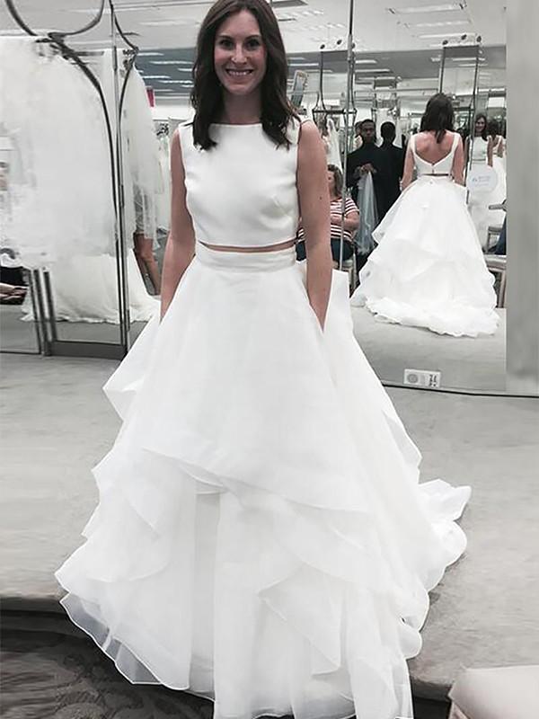 Befits Your Brilliance Princess Style Bateau Chiffon Court Train Wedding Dresses
