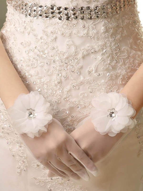 Beautiful Tulle Hand-Made Flower Wedding Gloves