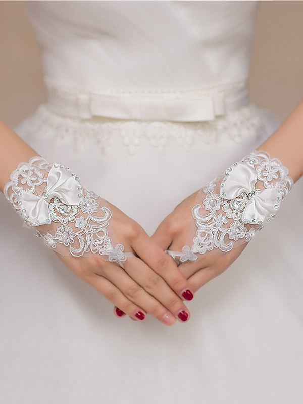 Chic Lace Bowknot Wedding Gloves