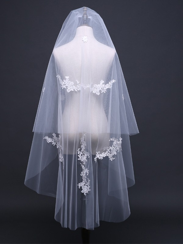 Unique 2 Layer Tulle With Lace Wedding Veils