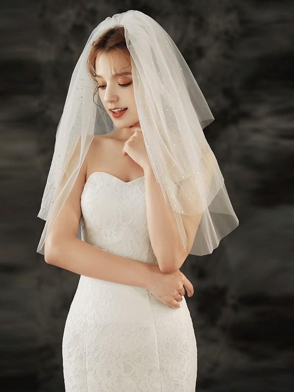 Charming Tulle Three-Tier Waltz Bridal Veils